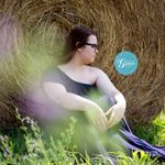 Photos by Grace - Portrait Photography, Wedding, Newborns, Family, Senior profile image.