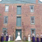 Weddings in Historic Waterford profile image.