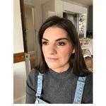 Chloe downton makeup profile image.