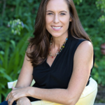 Angela Topcu, LMFT profile image.