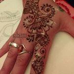 The henna boutique profile image.