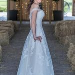 Oakshire Farms Wedding Venue profile image.