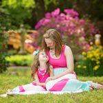 Emily Hoffman Photography profile image.