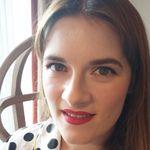 Sinead Kelly MUA  profile image.