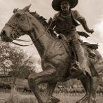 John Manuel Photography profile image.