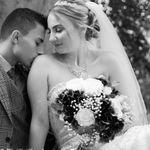 Laura Miller Photography profile image.