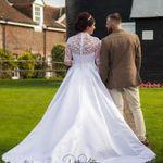 Dale Upton Photography profile image.