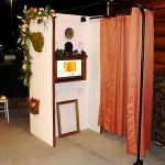 The Looking Glass Photo Booths profile image.