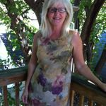 Dr Liz Haviland profile image.