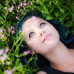 susannah dowell photography profile image.