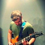 Wayne's World Guitars profile image.