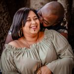 Deona Grace Photography profile image.