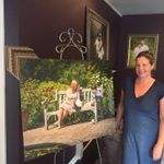 Theresa Artigas Portrait Artist profile image.