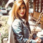 Nazanin Nia profile image.