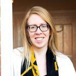 Laura Thomas Counselling profile image.
