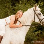 Karen Skelly Photography profile image.