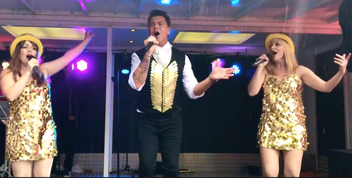 A Million Dreams - The Greatest Showman Tribute Act | Reviews